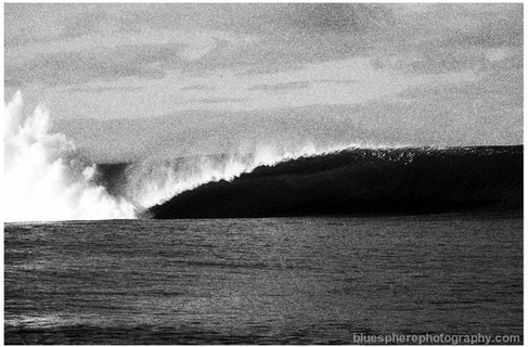 bluespherephotography.com © - OCEAN VIEWS - Chopes Tahiti 4 B+W
