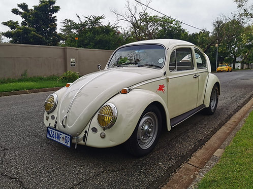 1965 Beetle done in a tasteful Cal look