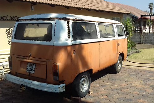 2 x Volkswagen kombi's projects
