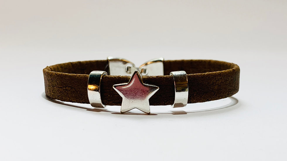 Brown Natural Cork Bracelet with Silver Star Sliders
