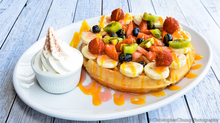 Mix berries Waffle with ice cream (1 of