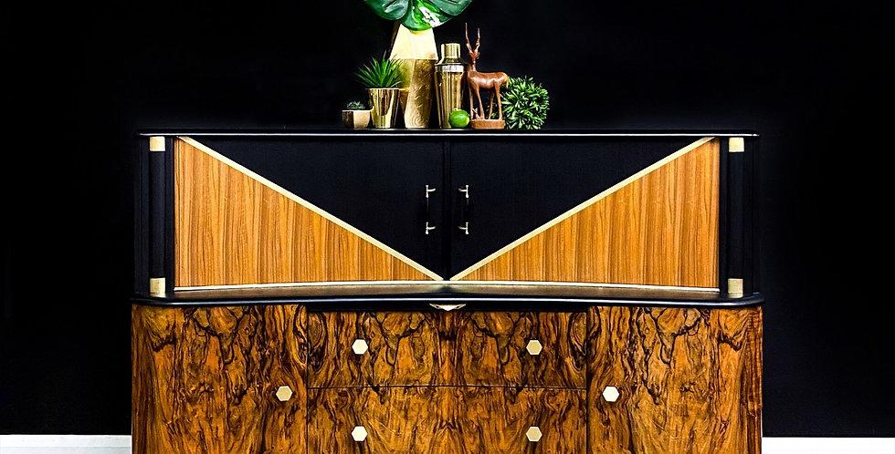 Blackjack Drinks Cabinet and Cocktail Bar