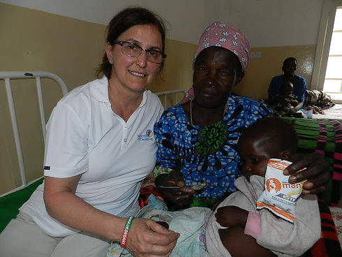Malawi Maria Martini with mother and mal