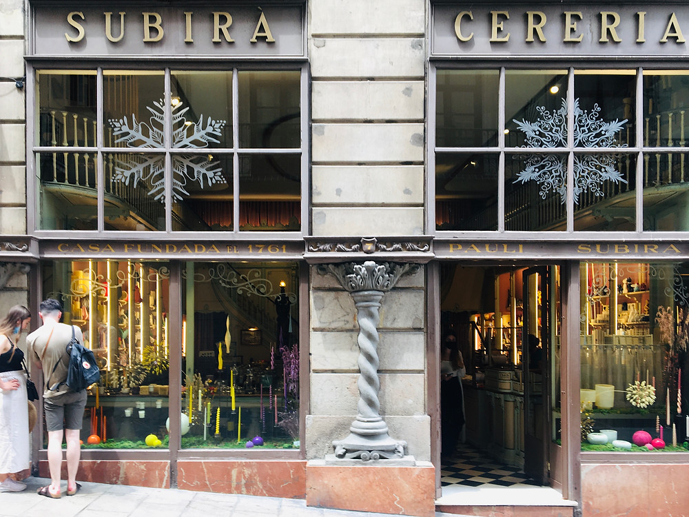 Bargain shopping in Barcelona at Subira Cereria I Outside a Circus