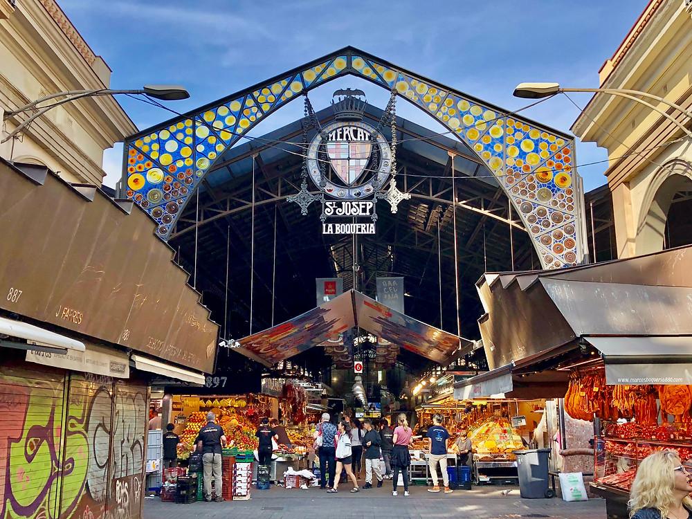 Bargain shopping in Barcelona at La Boqueria Mercat I Outside a Circus