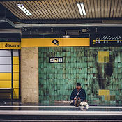 A person on the metro platform in Barcel