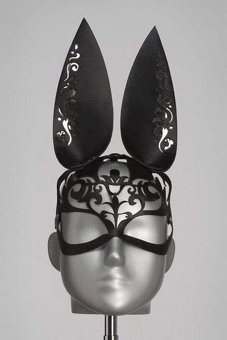 Lilly Mask Bunny