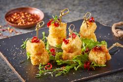 Brochetas de queso panela empanizadas de hojuelas de papa-Corregido