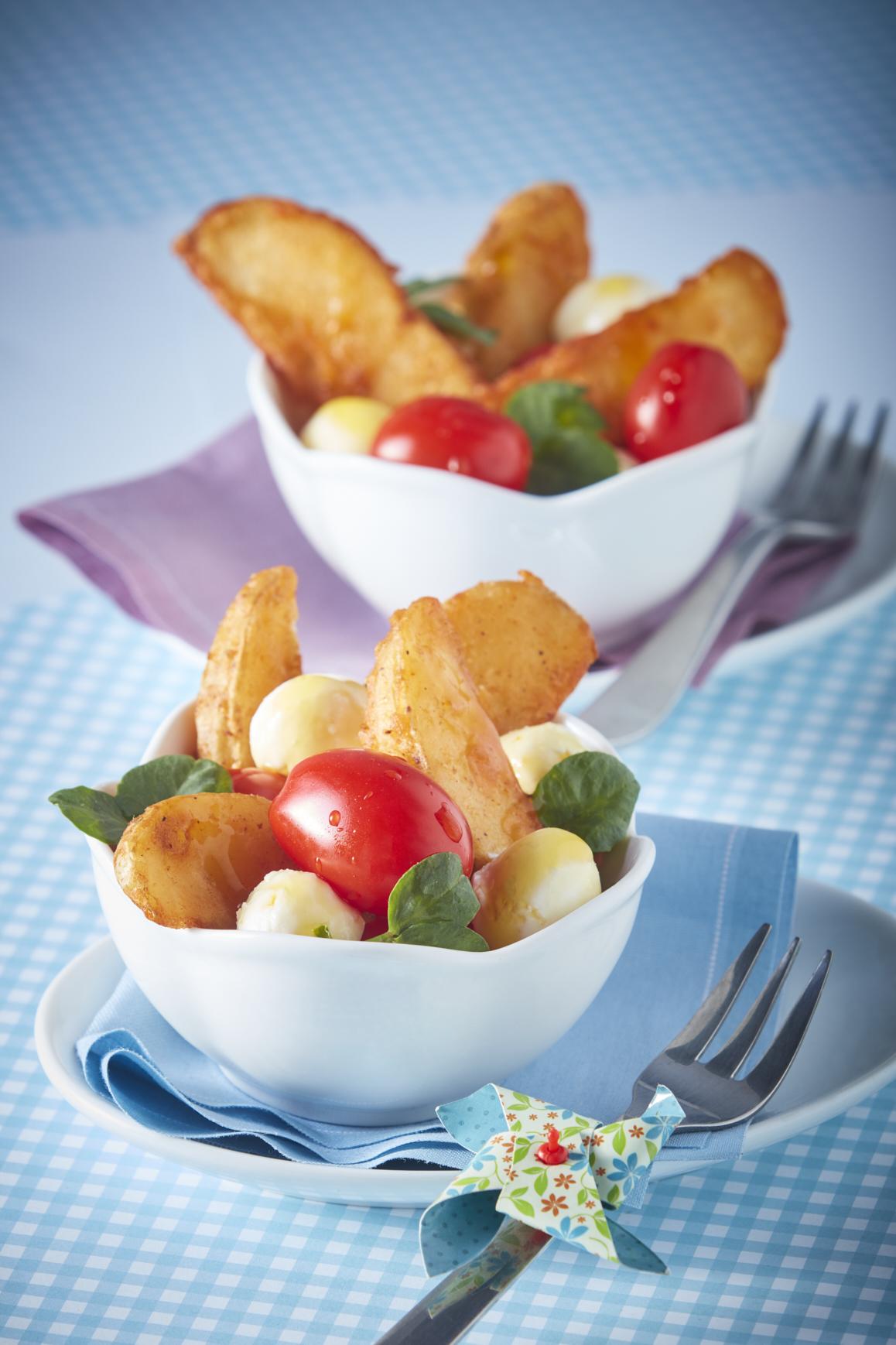 Ensalada de papa con jitomate y mozzarella-Corregido