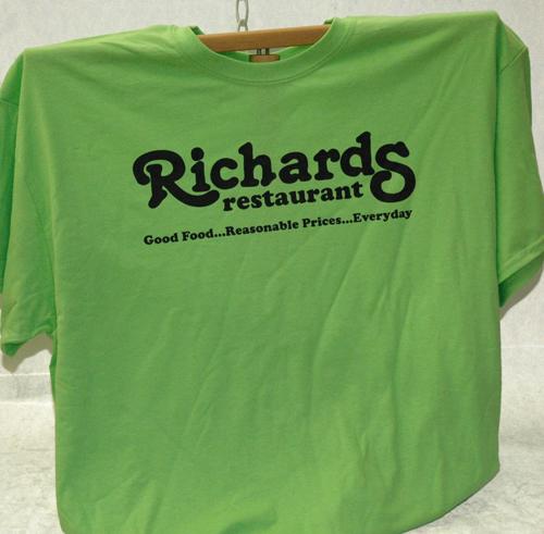 Richards T-Shirt Various Colors