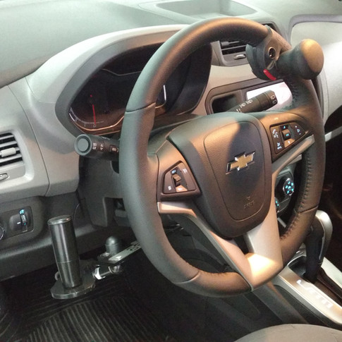 Acelerador e freio manual Spin