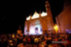 Festival publico y Sta maria.jpg