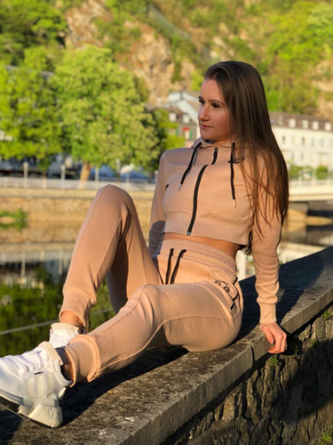clothing, changewear, teamchange, sportbekleidung, sportswear, fitness fashion, streetwear, womens wear, gym wear, apparel, yoga pants, ladies, joggers, jogger, trainingsbekleidung, trainingsanzug, jogginghose, jogginghosen, frauen