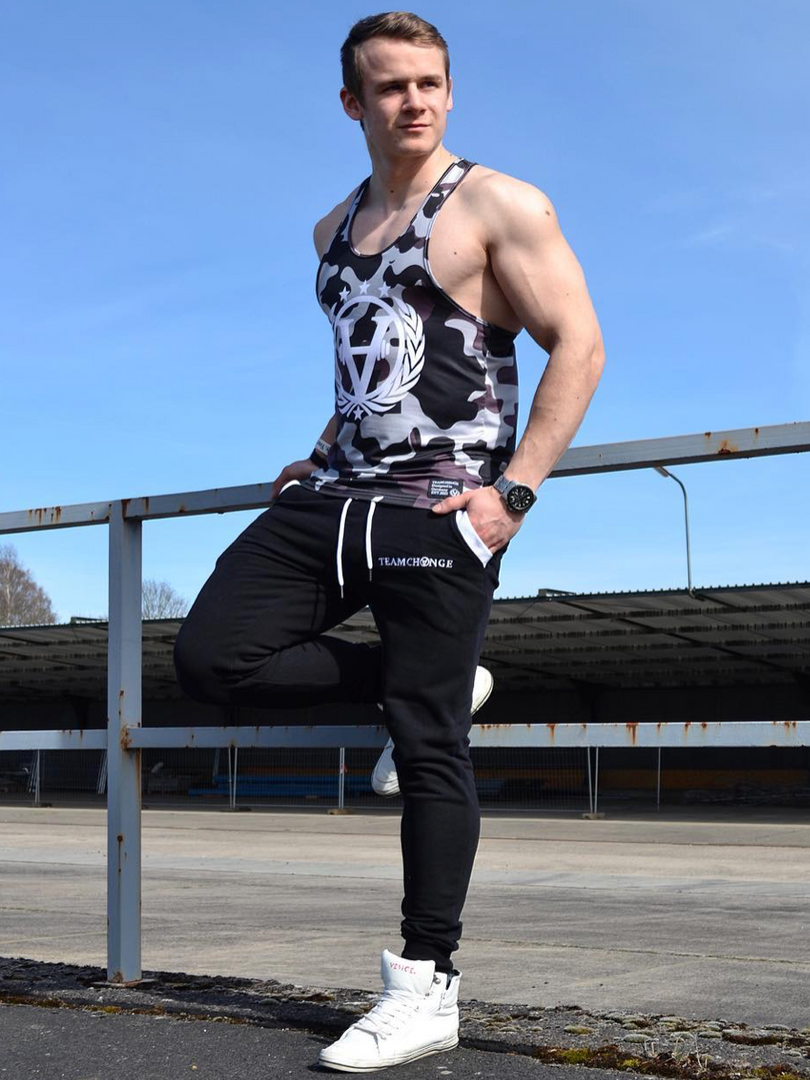 clothing, changewear, teamchange, sportbekleidung, sportswear, fitness fashion, sportbekleidung, streetwear, menswear, gym wear, appareal, joggers, jogger, stringer, muscle shirt, camouflage, camo