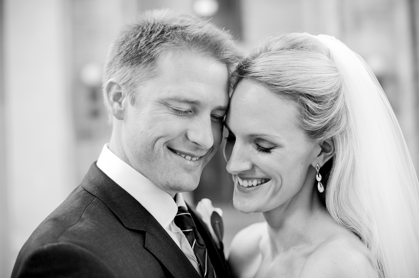bride_and_groom_nashville_wedding_photog