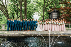 bridal_party_at_Stan_Hywet_Hall_and_gard