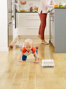 B240_Kitchen2.jpg