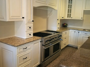 Antique White Glazed Kitchen with Chateau Doors