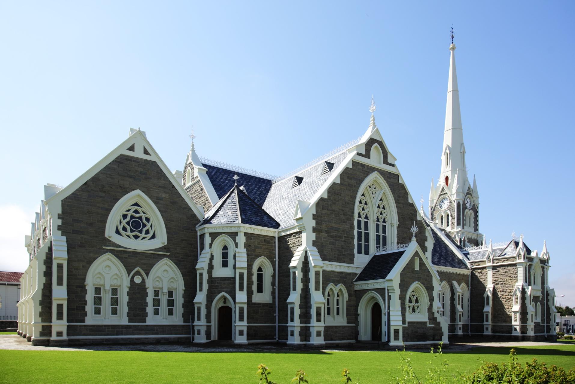 Dutch_Reformed_Church_Graaff_Reinet-003.