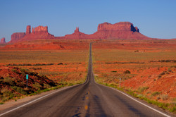 Monument-Valley-Road-resized
