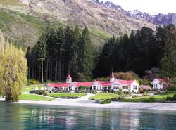 Lake_Wakatipu_(Walter_Peak)