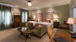the-fairlawns-rooms-courtyard-suite-inte