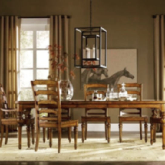 This collection combines the elegance of manor homes and the equestrian life of the English countrys