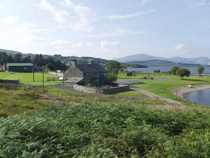 Cae Adda self catering cottage and camping in  Trawsfynydd, Snowdonia