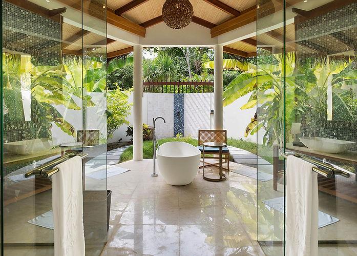 0000s_0013_Dhoni-Pool-Villa-Bathroom-Vie