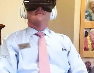 Nu Är Virtual Reality Vanligt På Äldreboenden