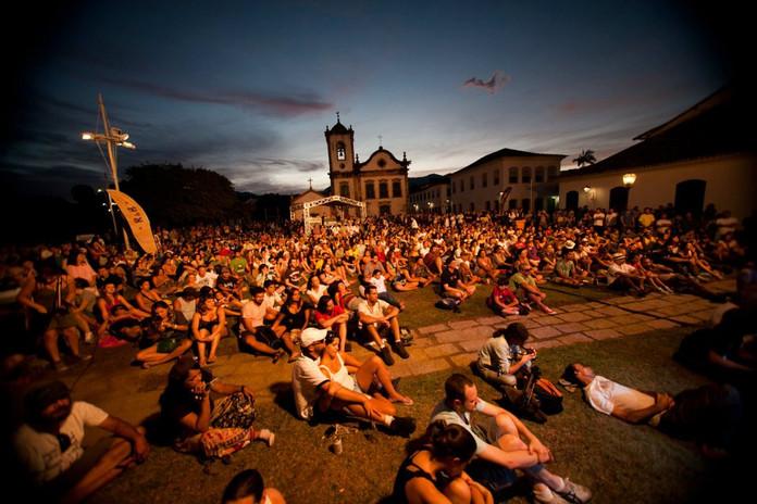 festival_pessoa_grama.jpg