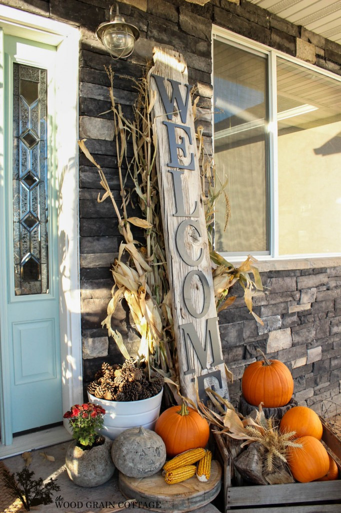 Outdoor Fall Decoration.jpg
