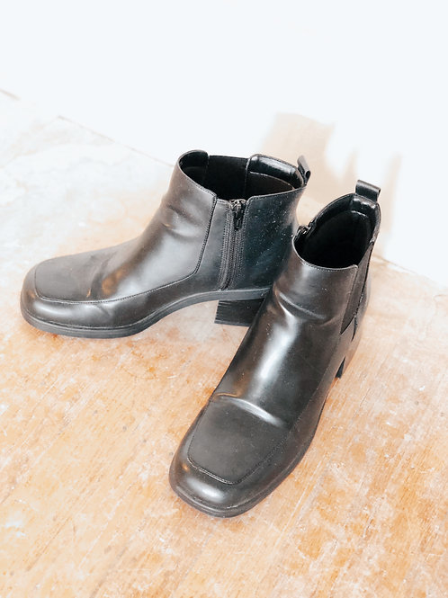 90's Ankle Boots