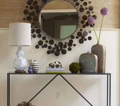 101 Ways With a Mirror at the Entry