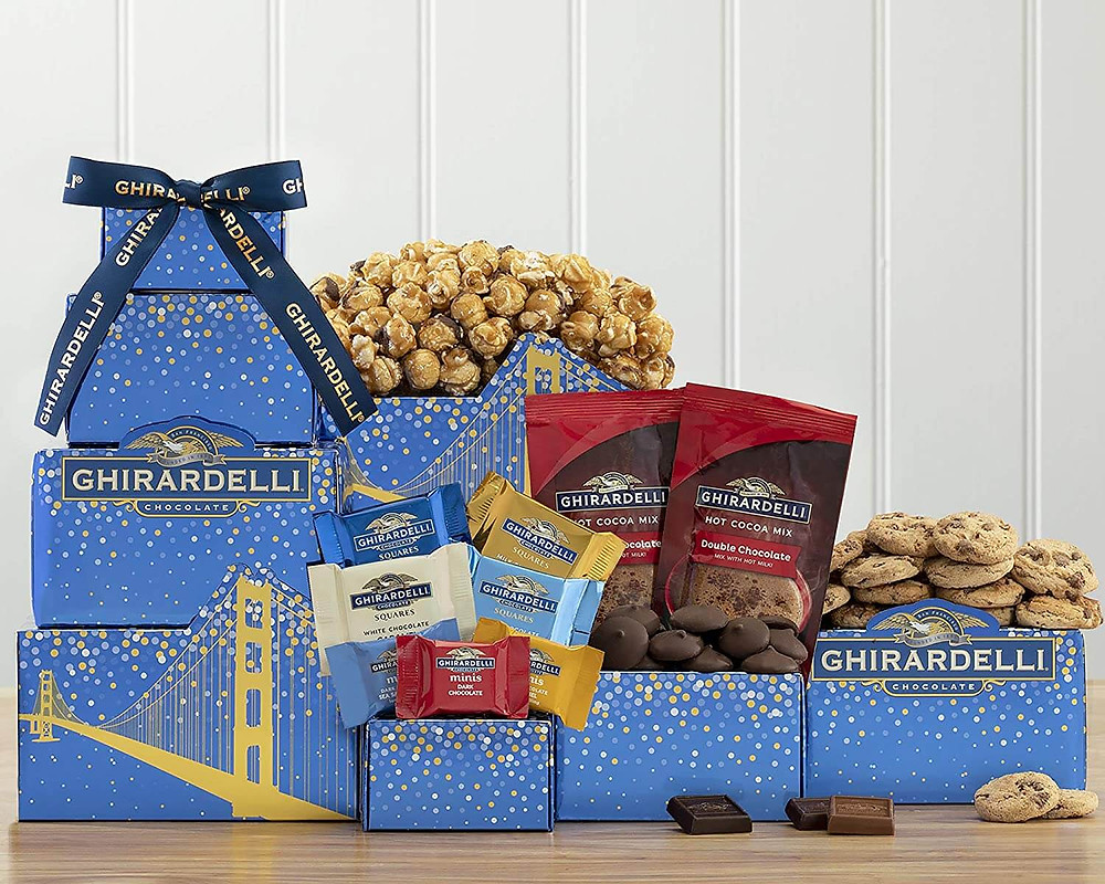 Engagement gift ideas for couples having sweet tooth.
