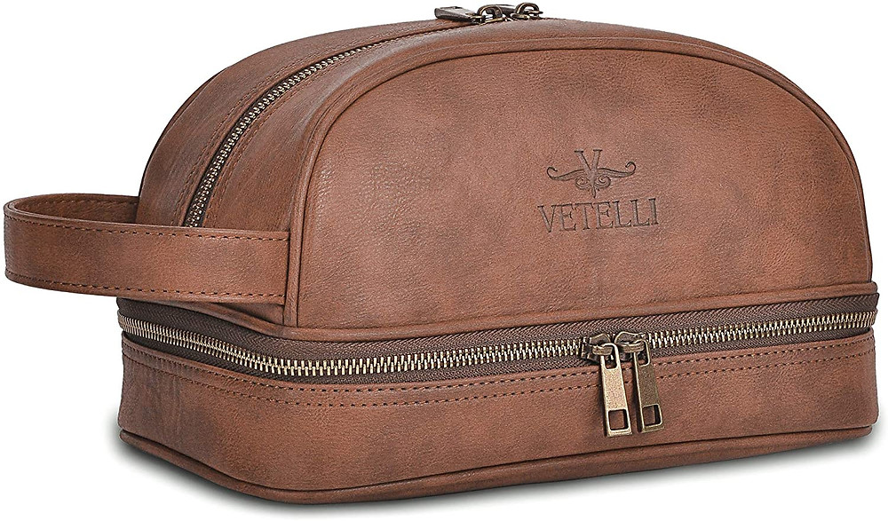 Travel bag as the gift for father's day.