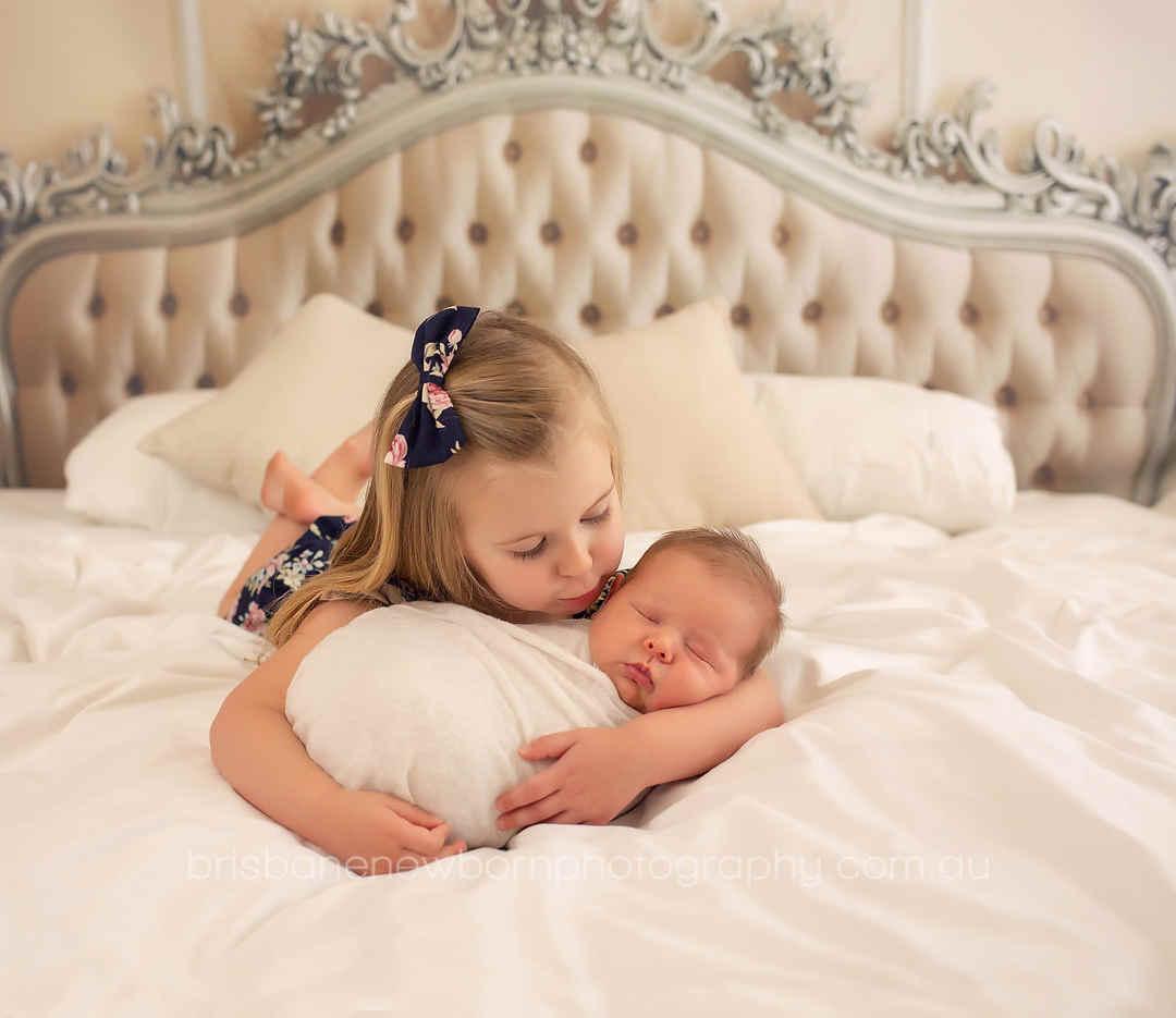 newborn-photographer-brisbane-bed