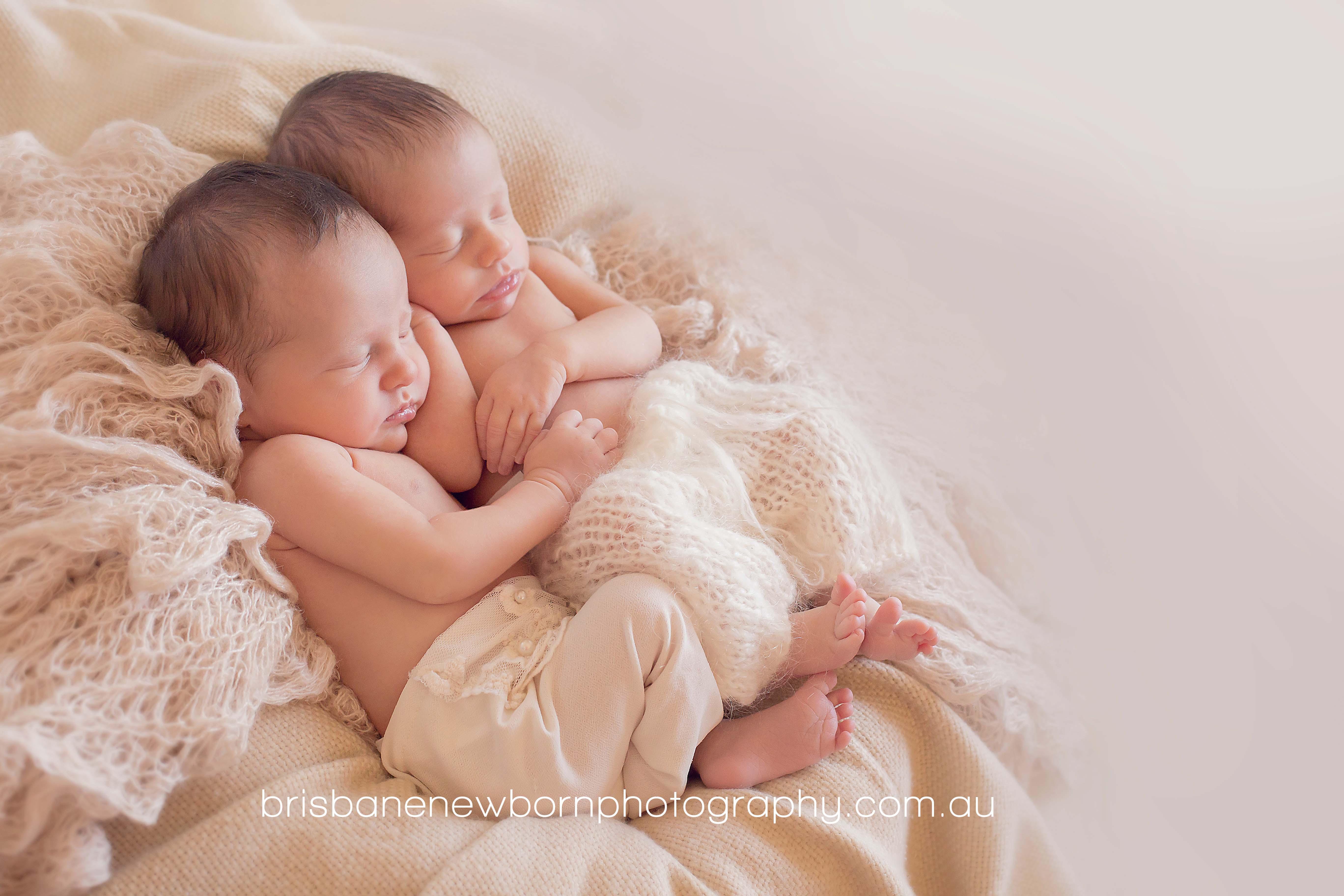 Brisbane newborn twins photographer