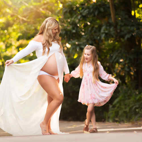 maternity-photographer-brisbane-girl