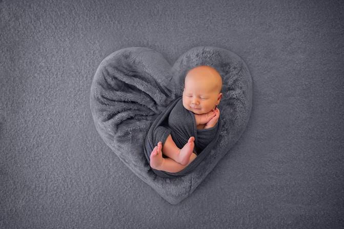 Baby Ari  - Brisbane Newborn Photographer