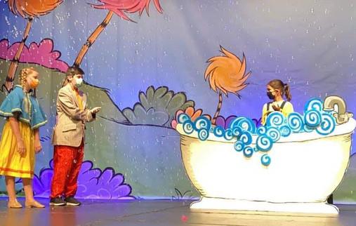 Bathtub Seuss (2).jpg