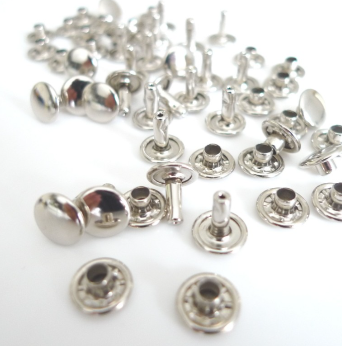 https://www.lamerceriedescreateurs.fr/cousez-vos-sacs-/3137-20-rivets-pro-nickel.html