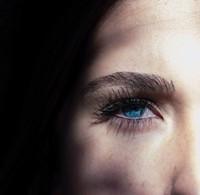 face, blue eye