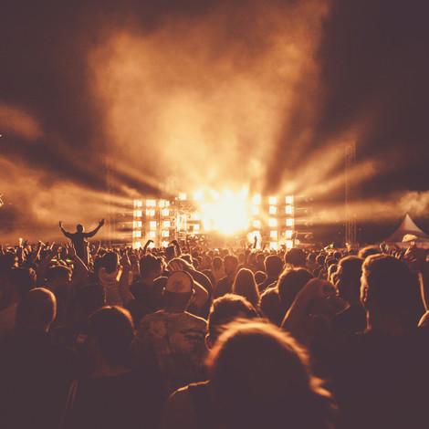 Новый формат: в Лужниках пройдут первые drive-in-концерты