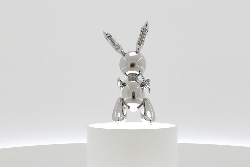 Джефф Кунс. «Кролик». Нержавеющая сталь.