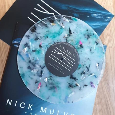 Экологичная музыка: Ник Малви выпустил пластинку из переработанного океанского мусора