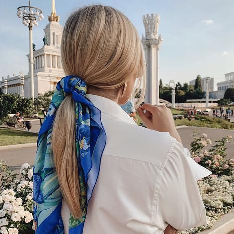 5 способов стильно носить платок (и ещё один для самых смелых)