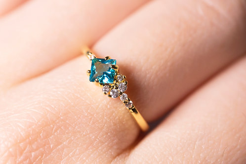 Blue Topaz Crystal Square Rings