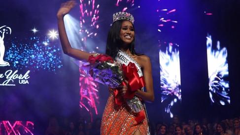 Miss New York USA 2020 Andreia Gibau
