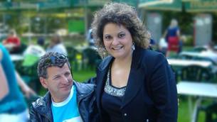 Raffaella mit Semino Rossi im Studiogarten des SWR